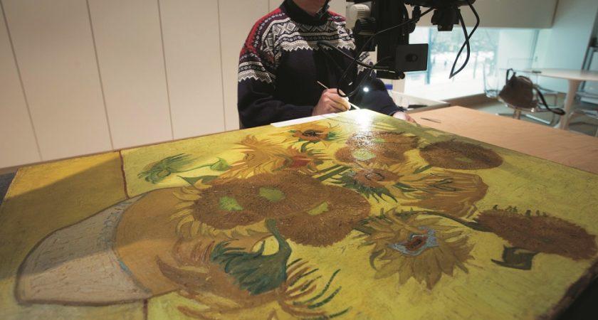 Les Tournesols De Van Gogh Ne Voyageront Plus A L Etranger Le Quotidien