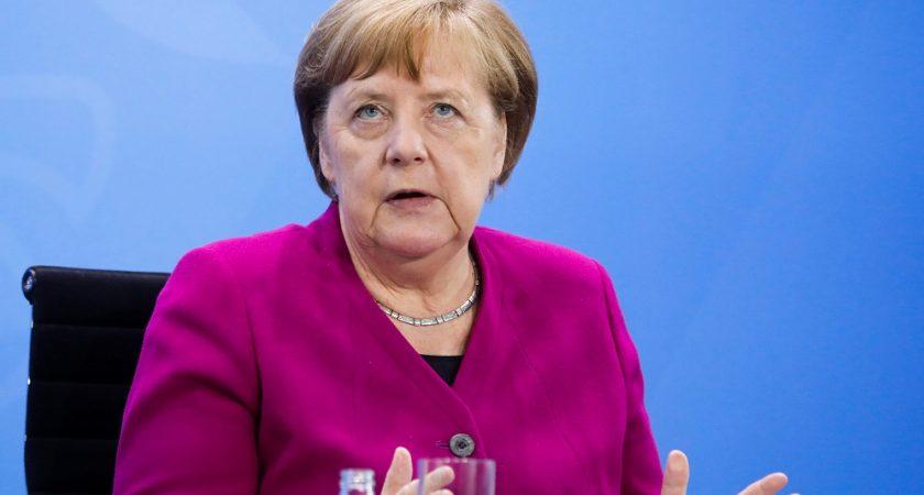 UE : le plan de relance Merkel-Macron contesté