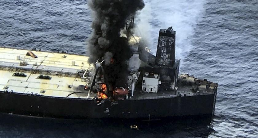 Sri Lanka: le feu sur le pétrolier